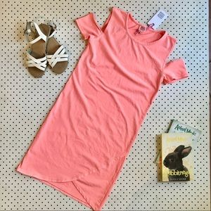 Ladies size 6 SEED TEEN (Seed Heritage) Orange ColdShoulder Dress, Tshirt fabric